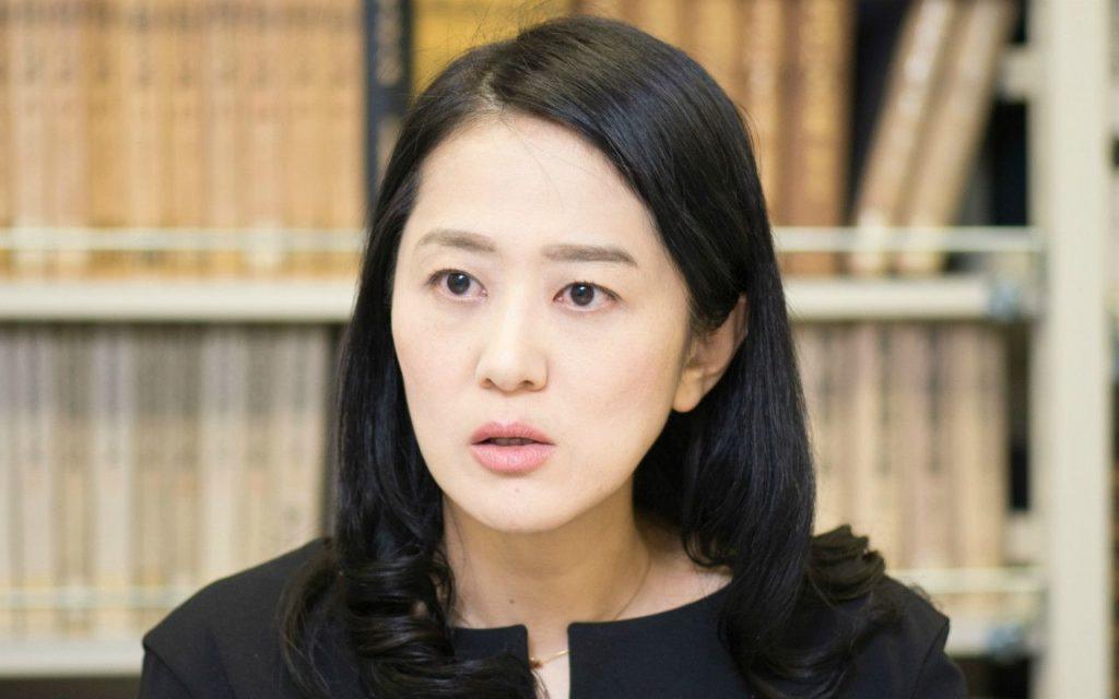 村中璃子医師