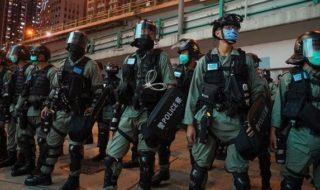 香港デモで300人以上逮捕!