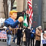 トランプ大統領支持デモ行進