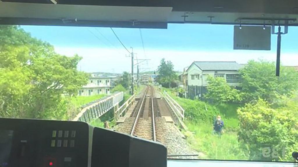 撮り鉄線路内侵入